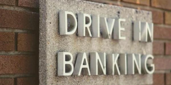 Drive in Banking Logo