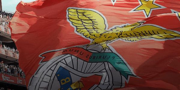 SL Benfica Vereinsflagge @SLBenfica