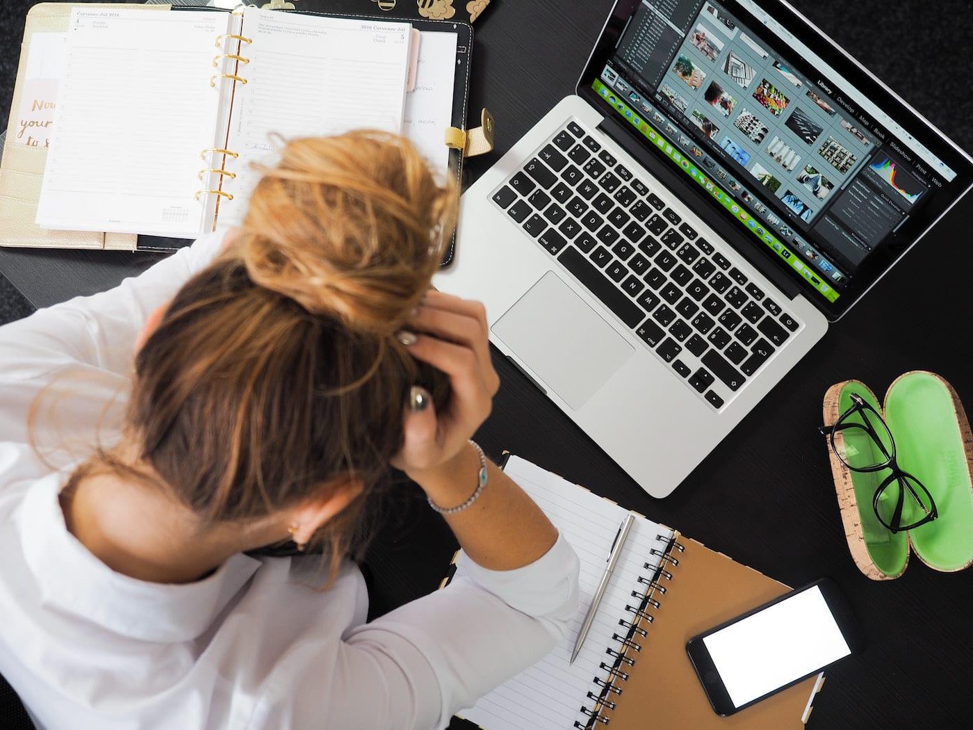Soziale Medien lösen den FOMO-Effekt aus